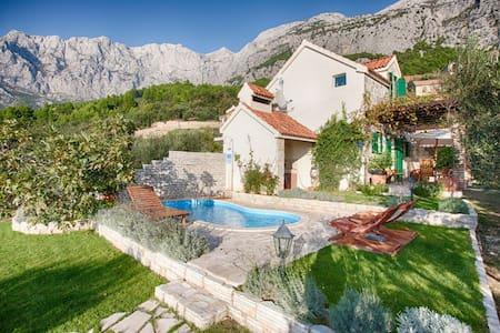 MA16 Villa Dani - Makarska