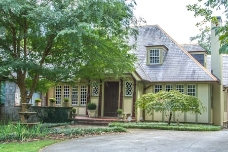 Historic Druid Hills Terrace One BR - Flat