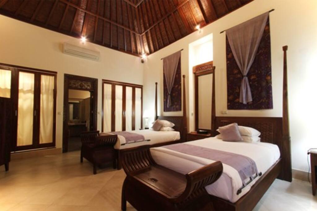 Twin Bed Villa 2
