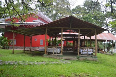 Charming Sarapiqui Hostel  - Asrama