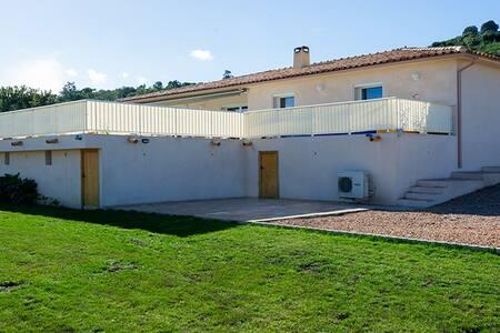 villa standing piscine chauffee - Dom
