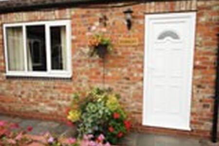 Parsley Cottage - York - Apartment