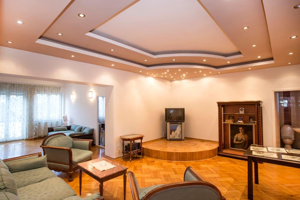 PARIZ  pool luxury large flat