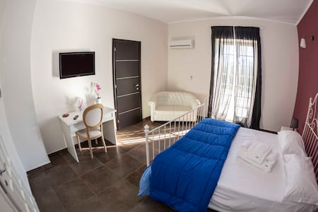 Ascot Hotel Caianello - Bed & Breakfast