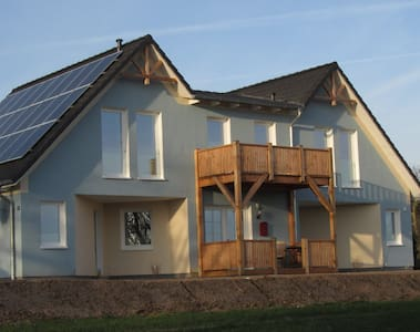 Ankerhaus - Zimmer Ankerplatz - Oldenburg in Holstein - Bed & Breakfast