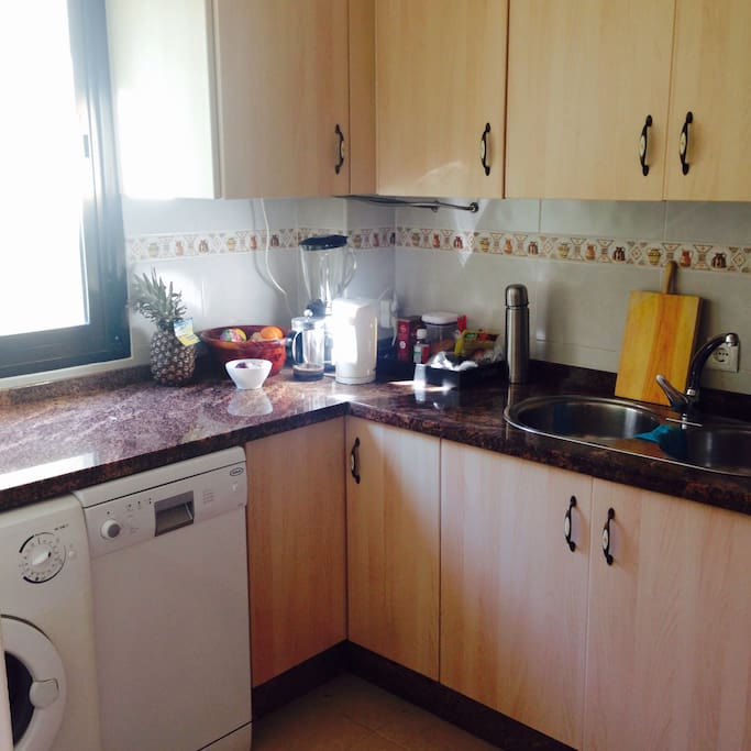 all kitchen utilities, laundry on demand for 5EUR,