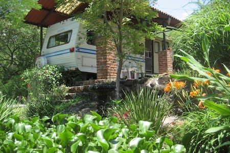 Trailer (RV) near to beautiful lake - Santa María del Oro - Karavan/RV