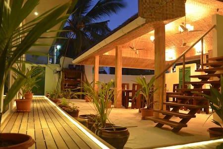 MAAFUSHI - Deluxe room - Maafushi - Bed & Breakfast