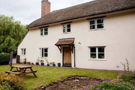 Beautiful Holiday Cottage on working farm - Pis