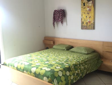 Double room**5 min from Airport - Casa