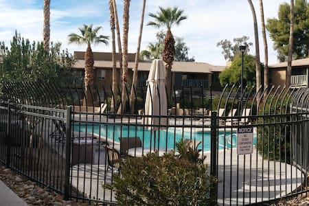 Great 1BD 1BA  Old Town Scottsdale