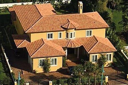 Italian Villa Palm Beach 9000sf - Villa