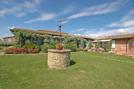 Casa Angela - Casa Angela 3, sleeps 3 guests - Pozzo della Chiana - Apartamento