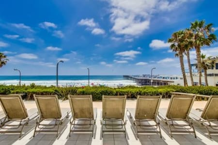 Pacific Beach Boardwalk Condo