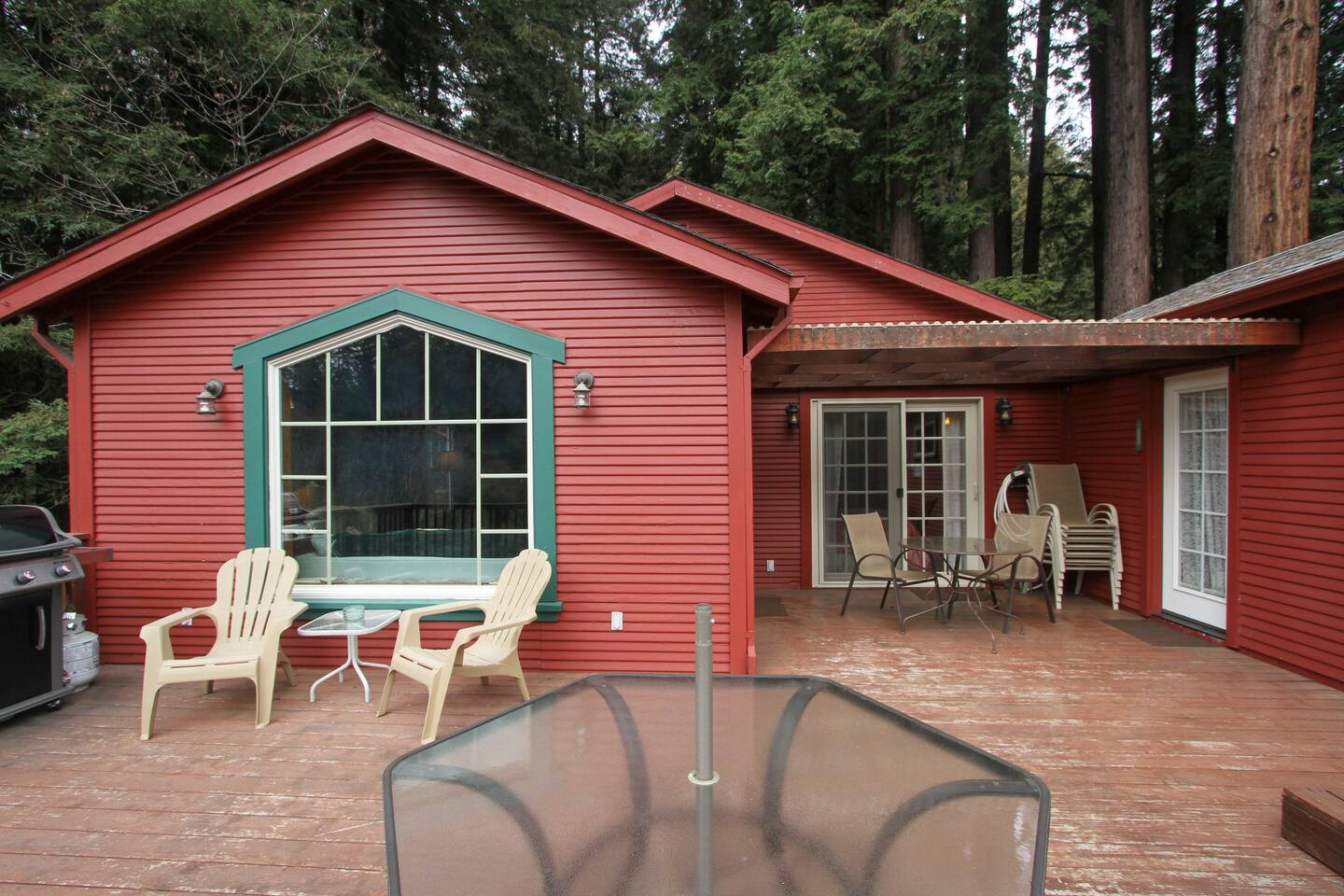Enjoy the ample deck space!
