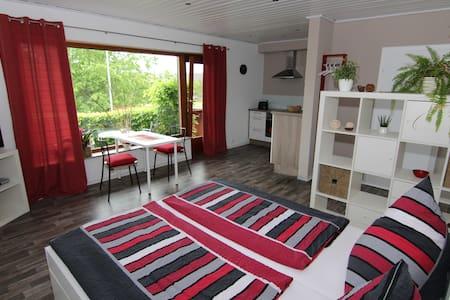 Neues Apartment nahe dem Edersee - Vöhl-Basdorf - Apartament
