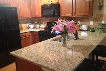 Clocktower Condo - Highlands Ranch - Apartament