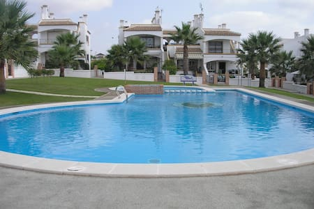 Lovely 3 bedroom townhouse near sea and golf - Orihuela - Dom