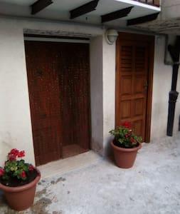 Casa vacanze da Sasa' - Castelbuono