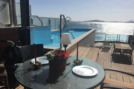 penthouse with private swimminpool