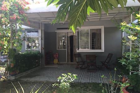 A nice city-garden house for family - Thuan An  - Arazi Evi