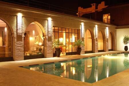 L'Oriental & Spa - luxury property
