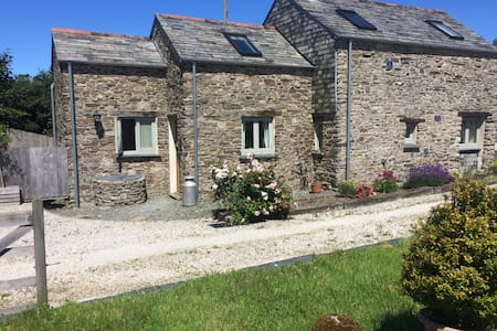 Traditional Cornish Barn Conversion - Casa