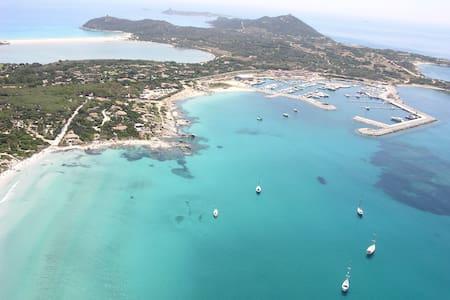 Wonderful villa in Protected Marine