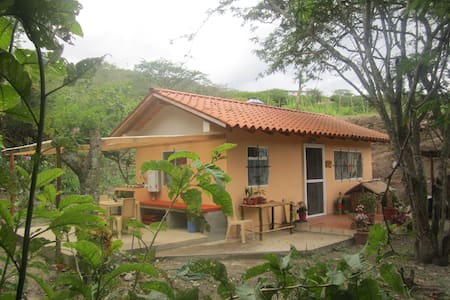 Casita de las Palomas/Dove House