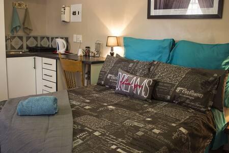Estralita Guest House - Kimberley