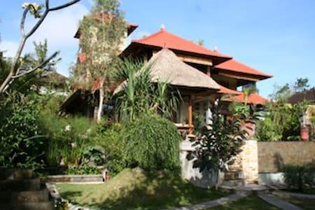 Large Beautiful Artisan-Built Home