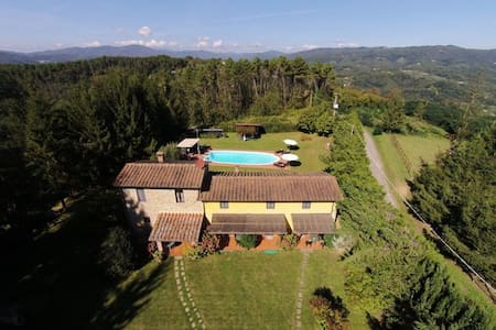 Relax in farmhouse on Tuscan hills! - Lejlighed