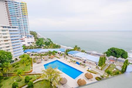 OCEAN FRONT CONDO IN PLAYA CORONADO - Las Lajas - Apartment