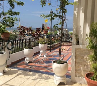 Deluxe 3-bd,2.5 bath apt, oceanview - Apartment