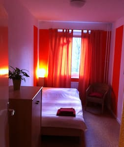 Lovely room in superb location - Berlin - Apartment
