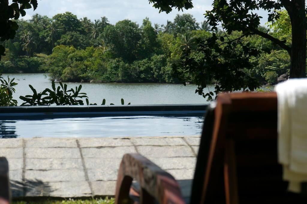 Tropical Lakeside Villa Hikkaduwa