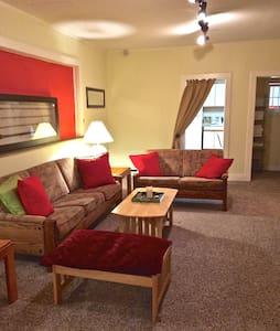 Comfortable 3 Bedroom Apartment - Flat