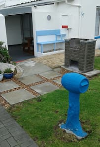 Holiday/weekend accommodation in Kleinmond. - Apartment