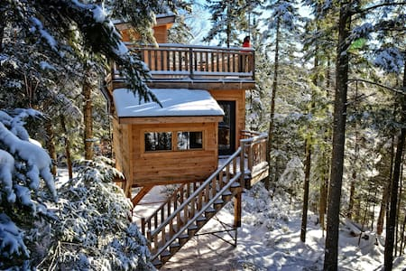 Mont-Tremblant Treehouses