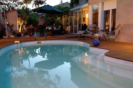 Villa chaleureuse et spacieuse