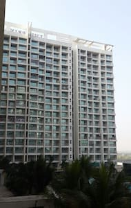 Luxurious 3BHK full furnished appt