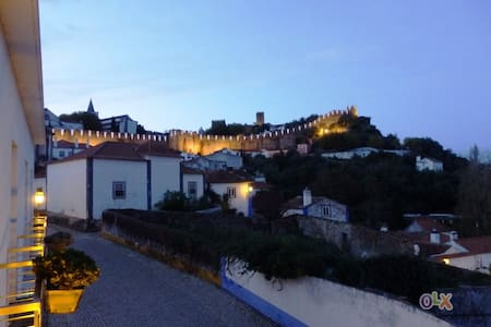 Townhouse in beautiful Obidos - Casa
