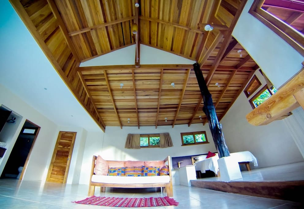 Ceilings in the Guanacaste Suite