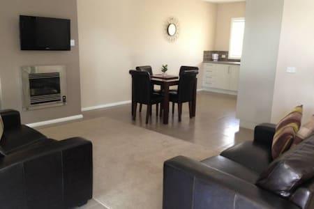 Kennedy 2 Bedroom Villa - Mulwala - Wohnung