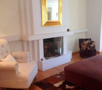 Luxury two floor house with loft! - Drosia - Huis