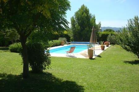 Luberon-Villa 125 m2 avec piscine (6 p) - Lauris