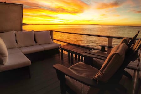 Suite 8 ~ Oceanfront Malibu Beach - Malibu - Apartament