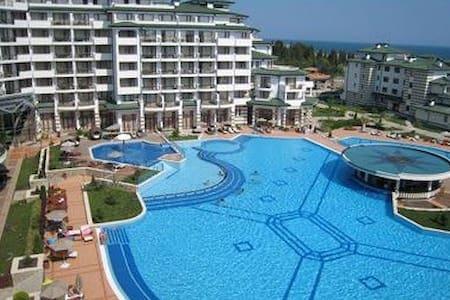 Nice apt on the Black sea - Appartement