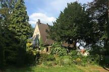 Wohnen mit paradiesischem Garten und Gemeinschaft