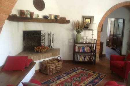 Casale in Toscana -Podere Le Borghe - Apartment